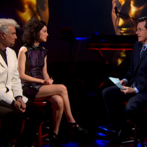 While you were sleeping: David Byrne & St Vincent appeared on Colbert